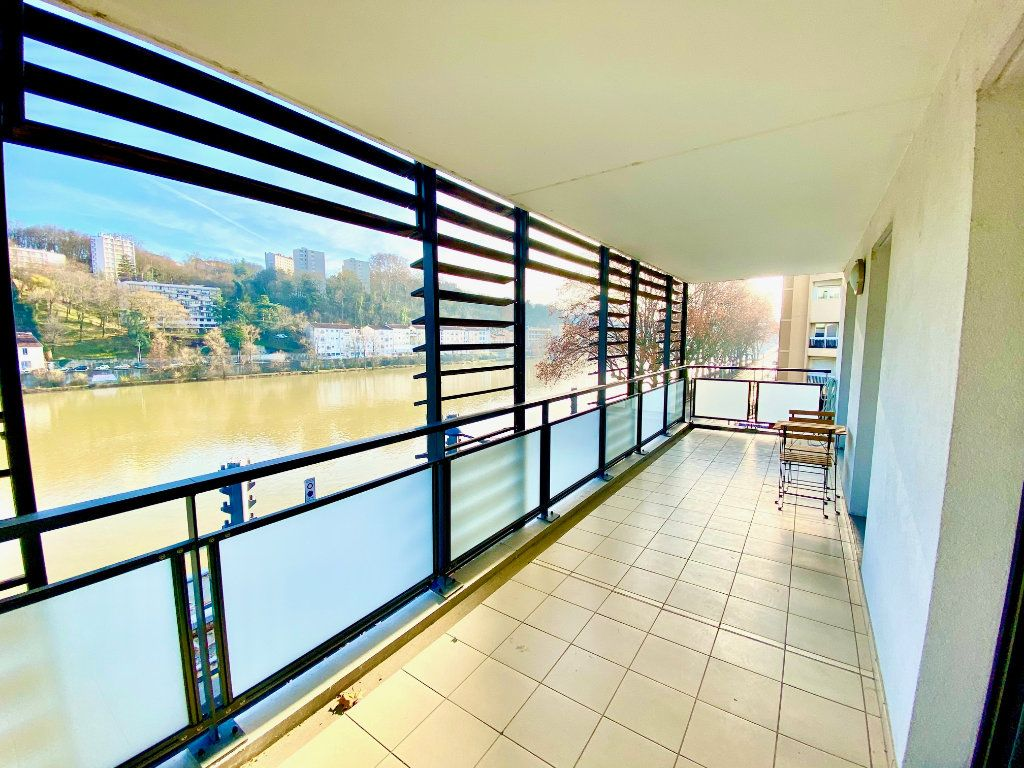 Appartement à vendre 2 42m2 à Lyon 9 vignette-1