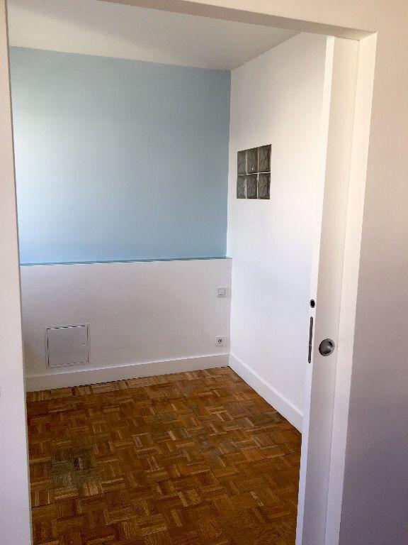 Appartement à louer 2 40.65m2 à Paris 11 vignette-11
