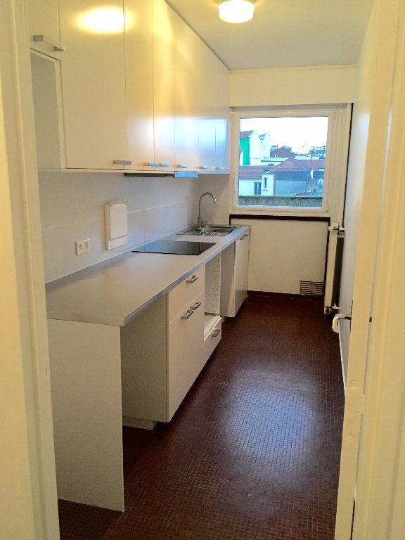 Appartement à louer 2 48.91m2 à Paris 20 vignette-3