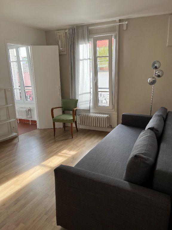 Appartement à louer 1 21.54m2 à Paris 20 vignette-2