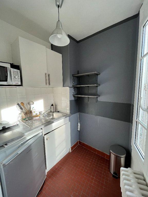 Appartement à louer 1 21.54m2 à Paris 20 vignette-6