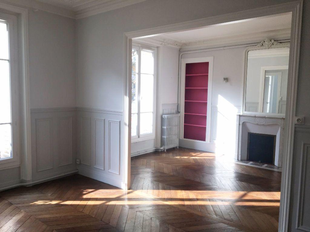 Appartement à louer 2 63.64m2 à Paris 11 vignette-2