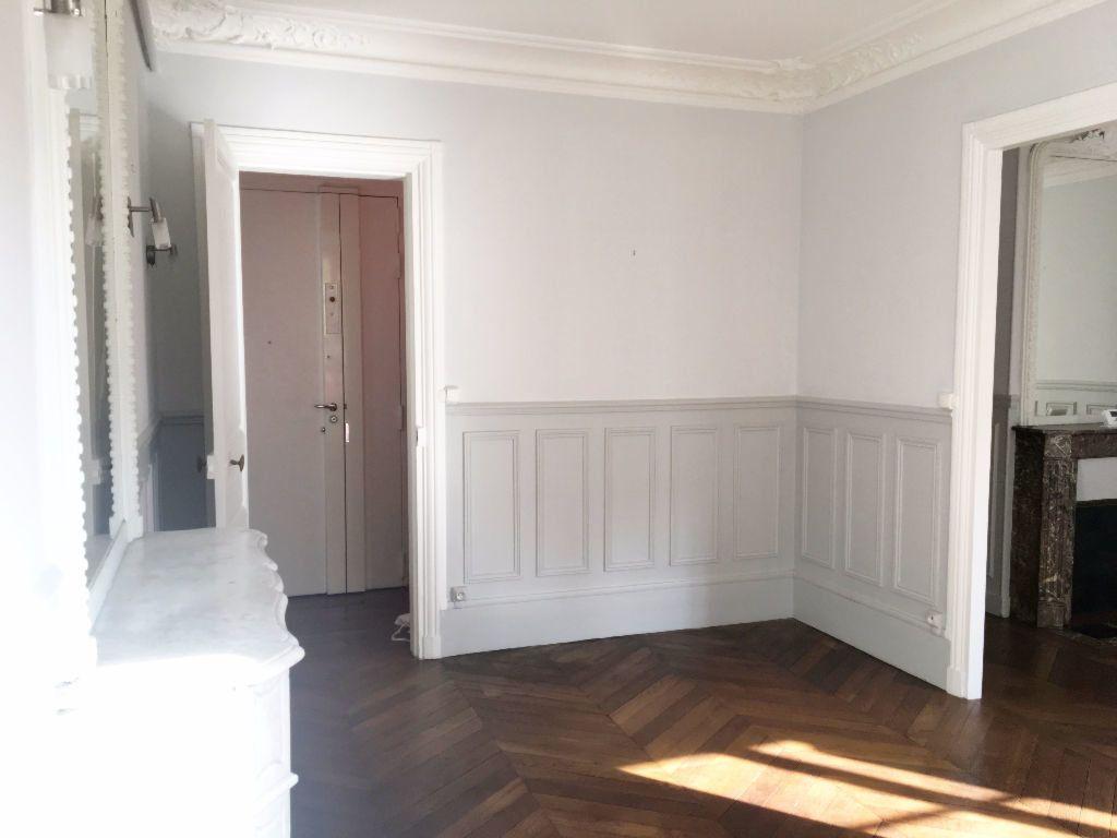 Appartement à louer 2 63.64m2 à Paris 11 vignette-7