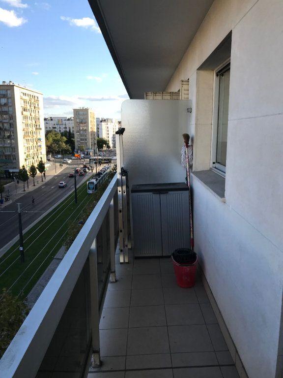 Appartement à louer 1 26.01m2 à Paris 20 vignette-4