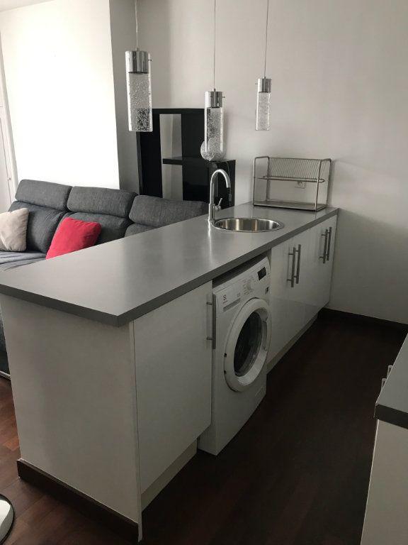 Appartement à louer 2 37.29m2 à Paris 11 vignette-3