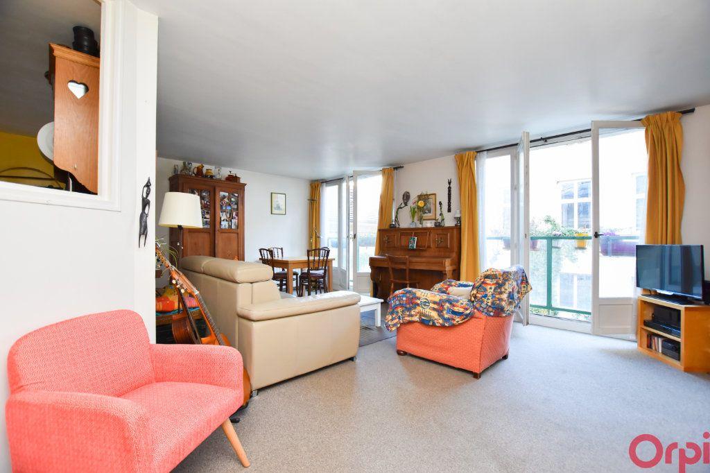 Appartement à vendre 4 83.5m2 à Paris 11 vignette-2