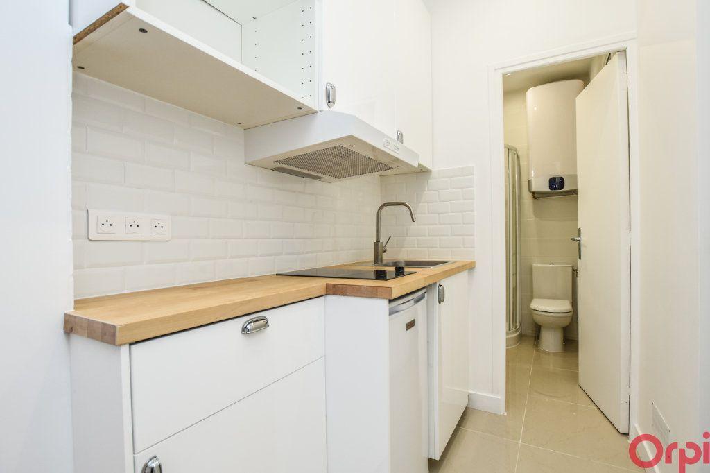 Appartement à louer 1 19m2 à Paris 14 vignette-5