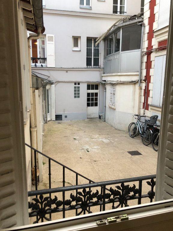 Appartement à louer 1 19m2 à Paris 14 vignette-12