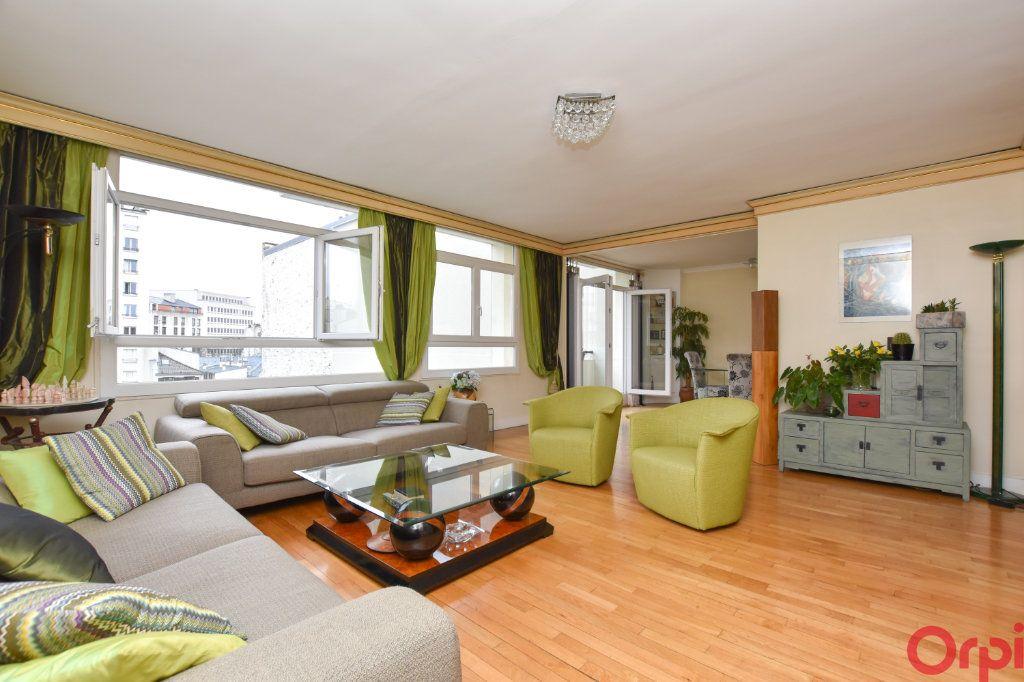 Appartement à vendre 4 90m2 à Paris 11 vignette-2
