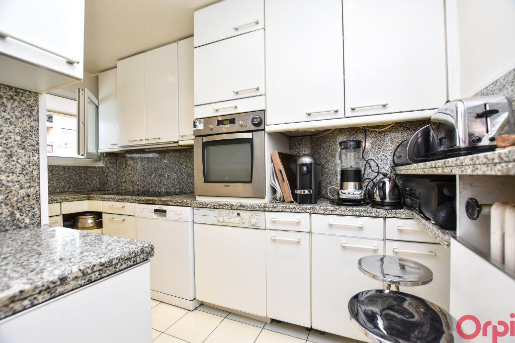 Appartement à vendre 4 90m2 à Paris 11 vignette-3