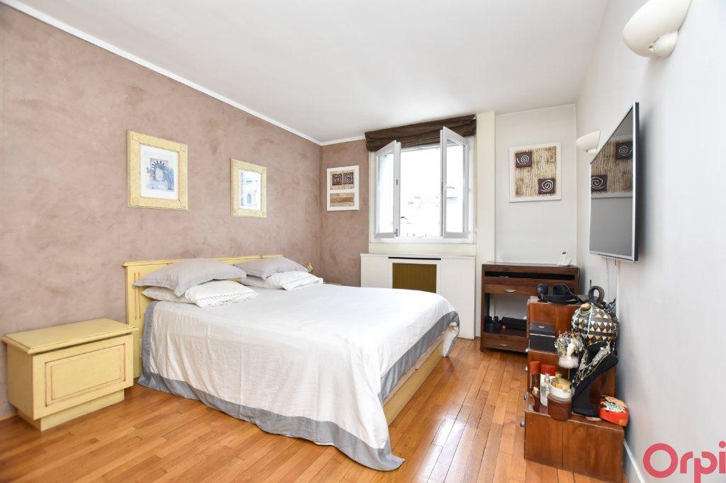 Appartement à vendre 4 90m2 à Paris 11 vignette-4