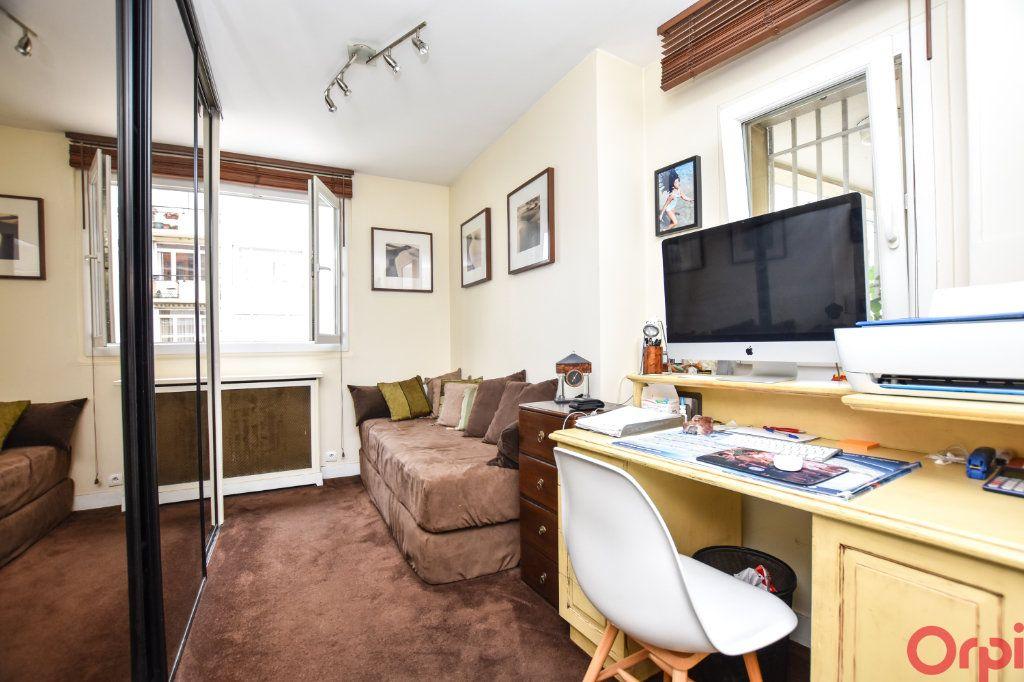 Appartement à vendre 4 90m2 à Paris 11 vignette-5