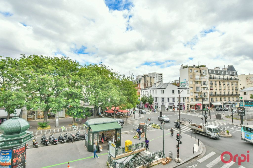 Appartement à vendre 3 50m2 à Paris 11 vignette-9