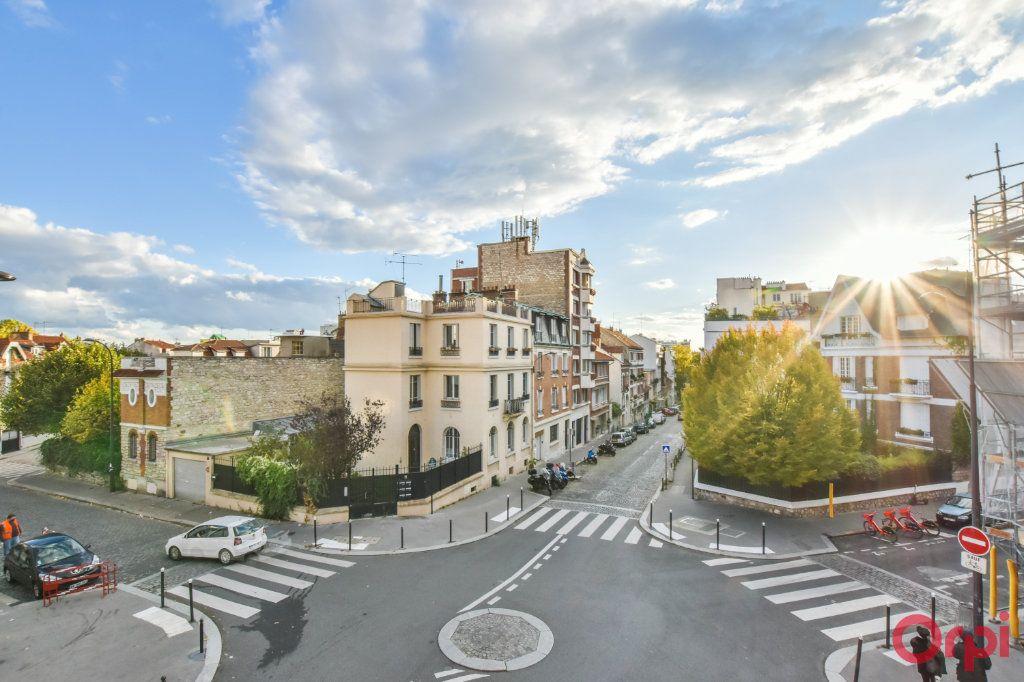 Appartement à vendre 3 78.45m2 à Paris 20 vignette-3