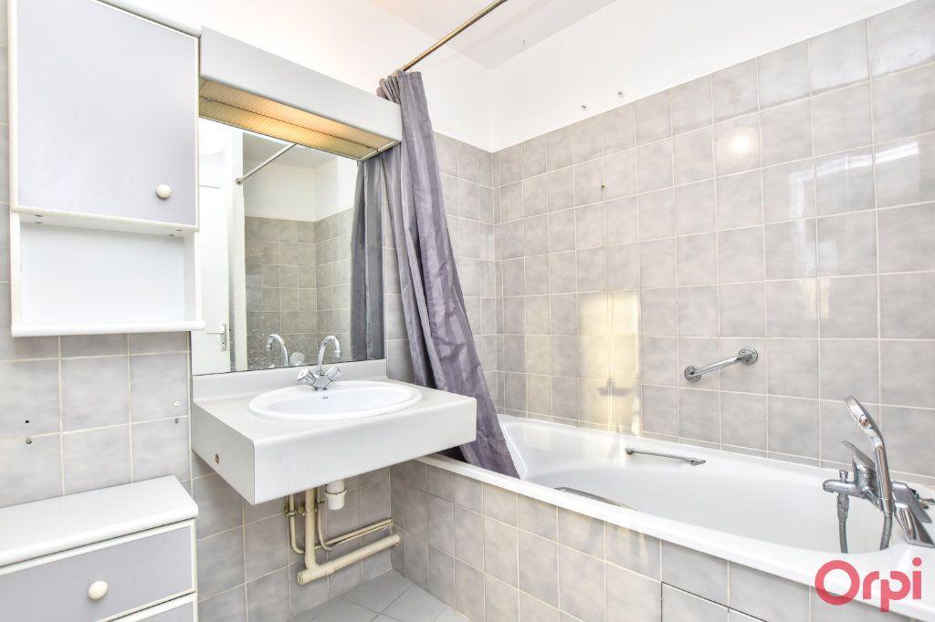 Appartement à vendre 3 78.45m2 à Paris 20 vignette-6