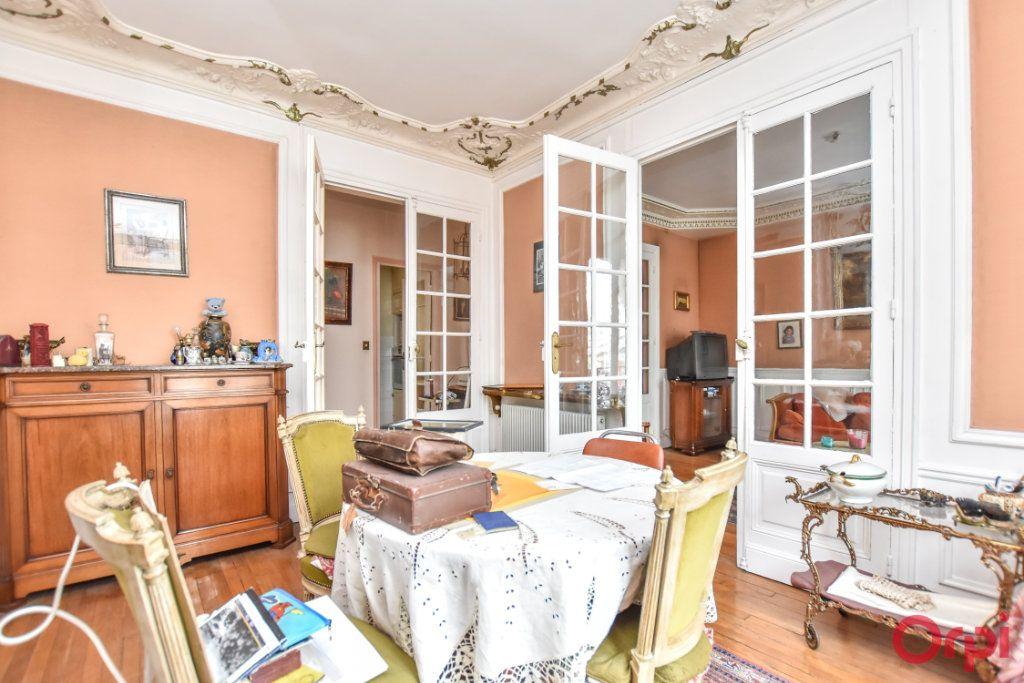 Appartement à vendre 4 91.05m2 à Paris 12 vignette-4