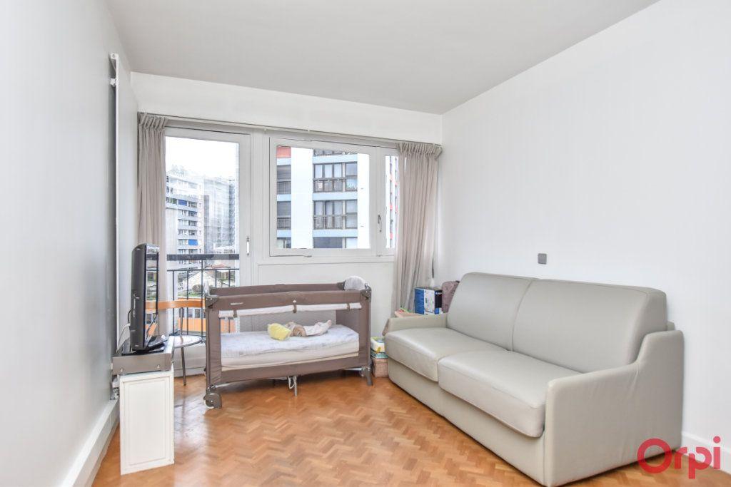 Appartement à vendre 5 148m2 à Paris 20 vignette-10