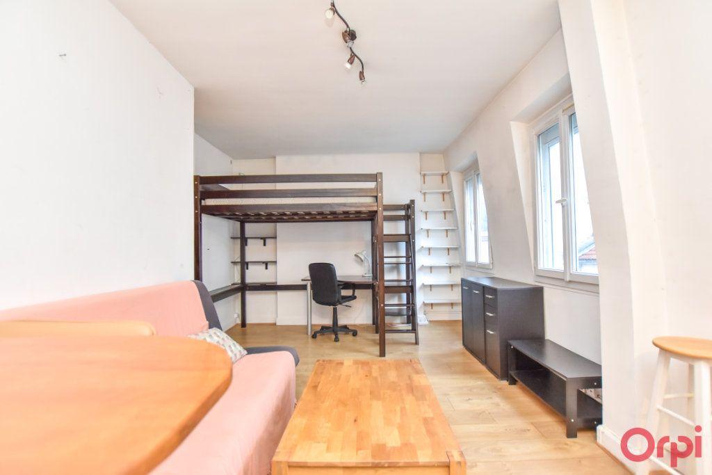 Appartement à vendre 1 28m2 à Paris 20 vignette-1
