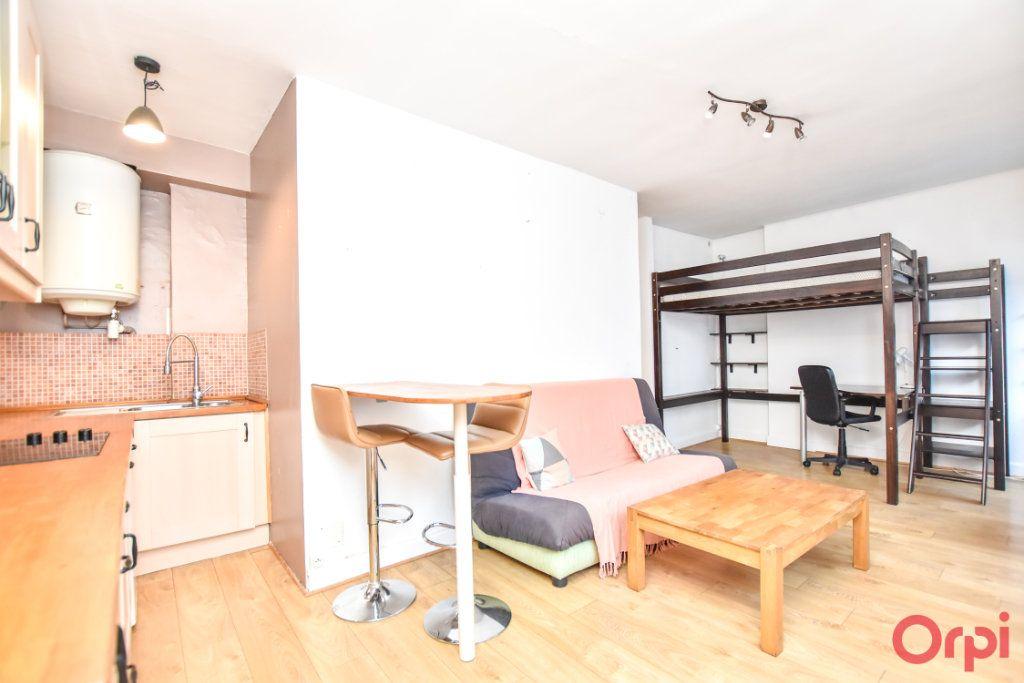 Appartement à vendre 1 28m2 à Paris 20 vignette-3