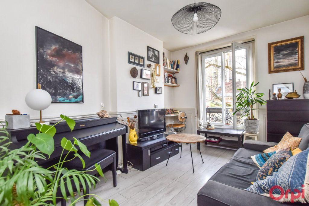 Appartement à vendre 2 31.3m2 à Paris 20 vignette-1
