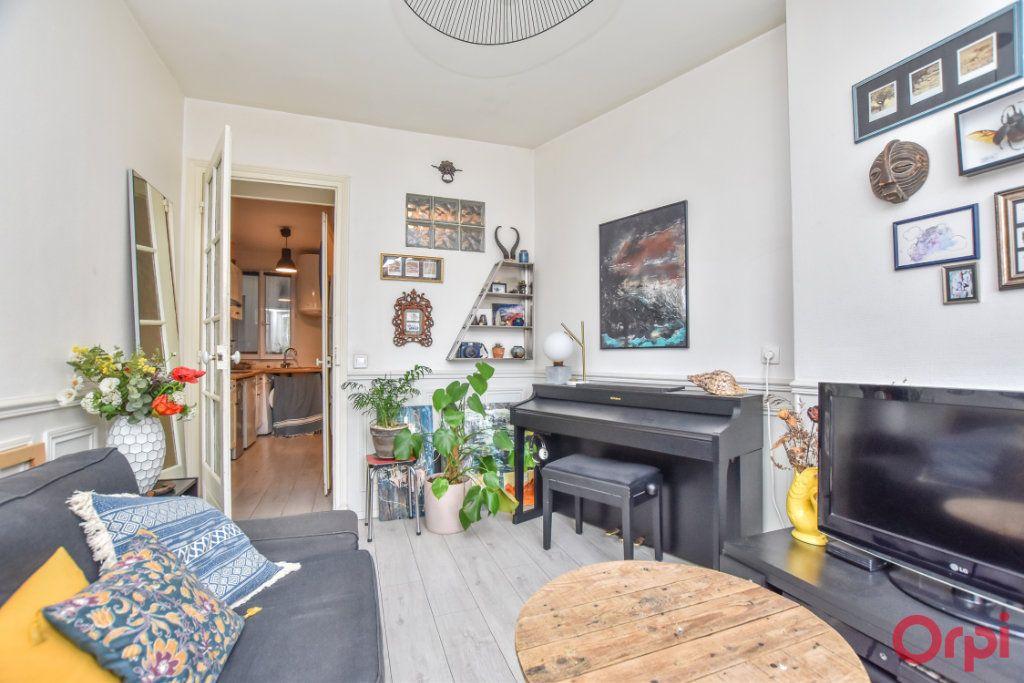 Appartement à vendre 2 31.3m2 à Paris 20 vignette-8