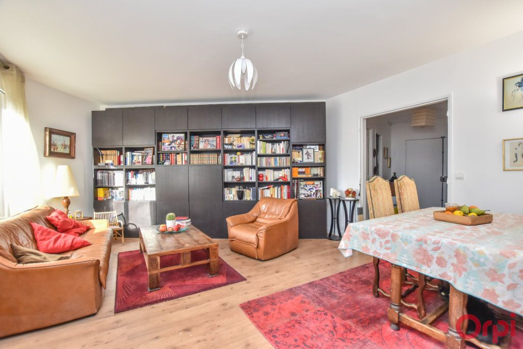 Appartement à vendre 4 88m2 à Paris 11 vignette-3