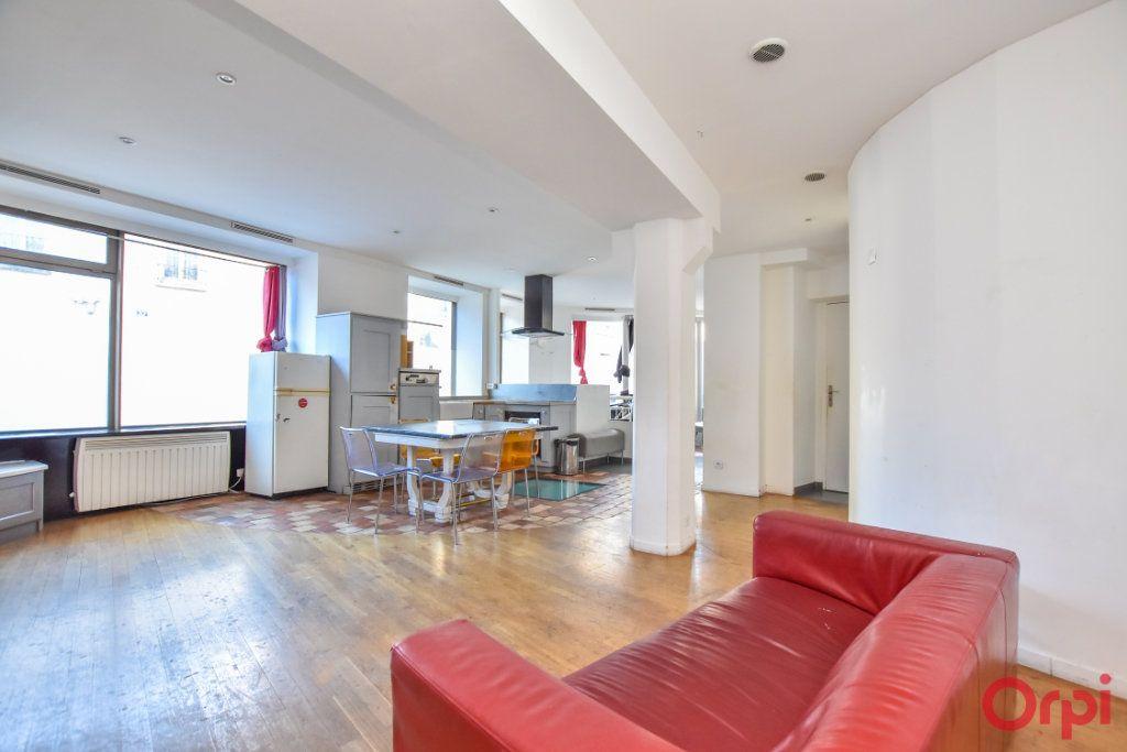 Appartement à vendre 3 70m2 à Paris 20 vignette-2