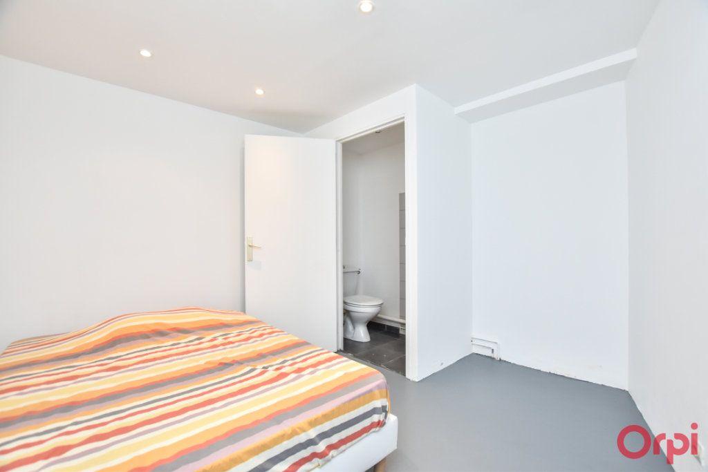 Appartement à vendre 3 70m2 à Paris 20 vignette-7