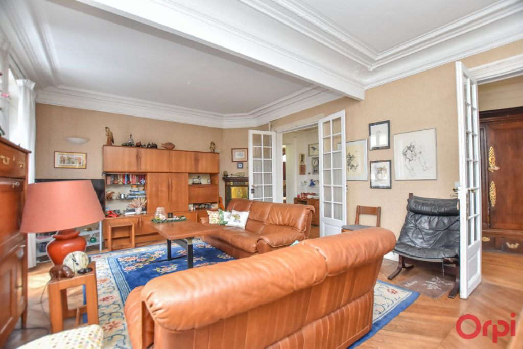 Appartement à vendre 4 94m2 à Paris 19 vignette-6