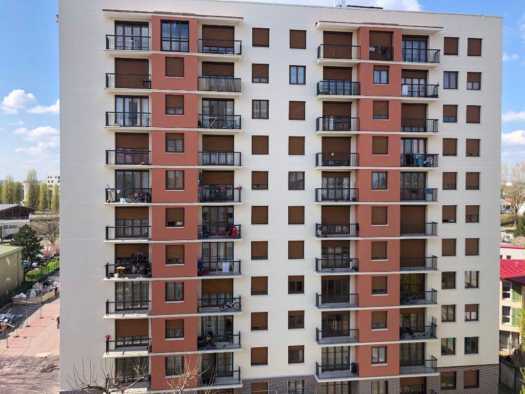 Appartement à vendre 3 57.5m2 à Bondy vignette-11