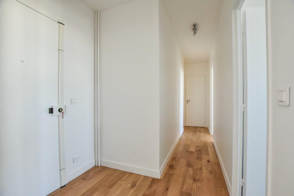 Appartement à vendre 2 49.41m2 à Paris 19 vignette-6