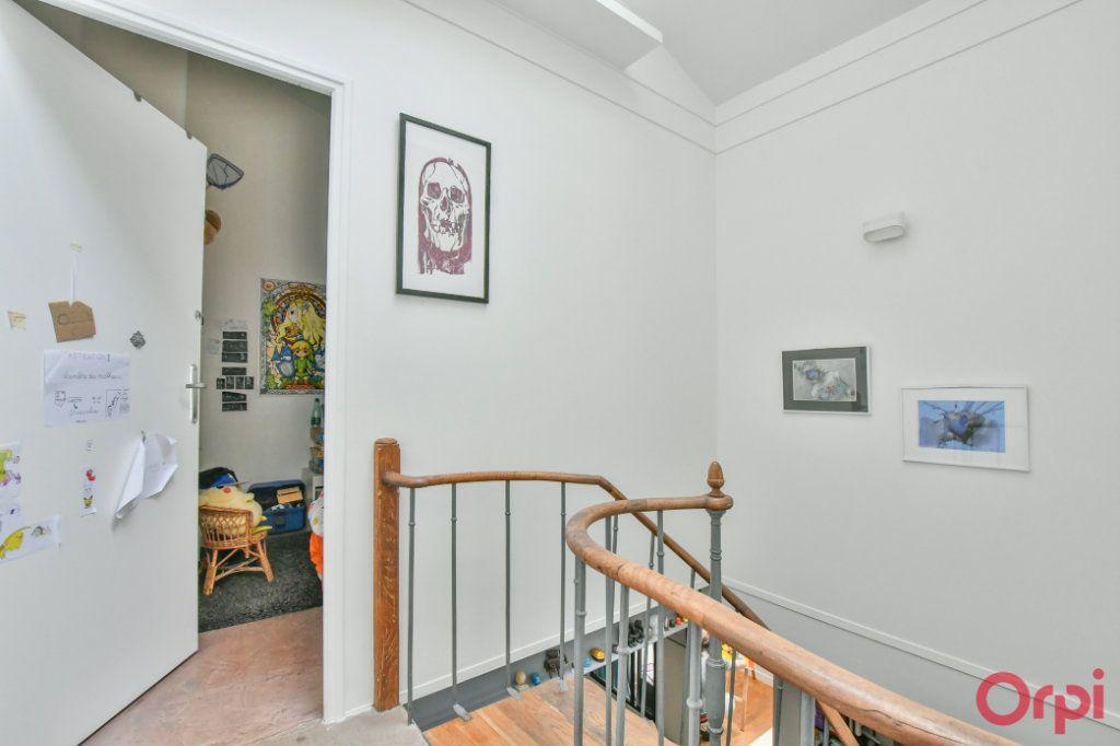 Appartement à vendre 4 77m2 à Paris 11 vignette-5