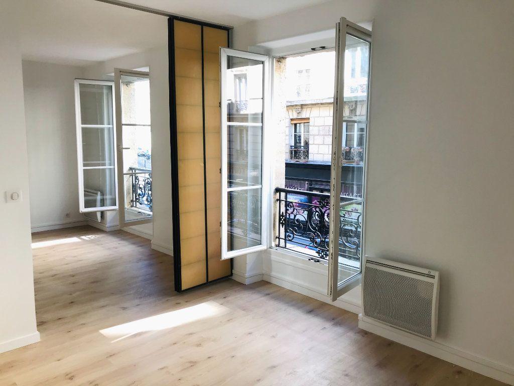 Appartement à louer 2 36m2 à Paris 12 vignette-2