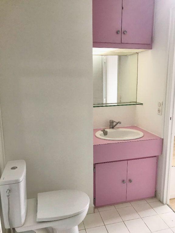 Appartement à louer 2 36m2 à Paris 12 vignette-3