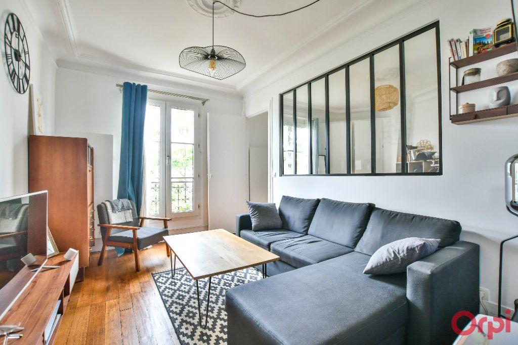 Appartement à vendre 3 46.1m2 à Paris 12 vignette-1