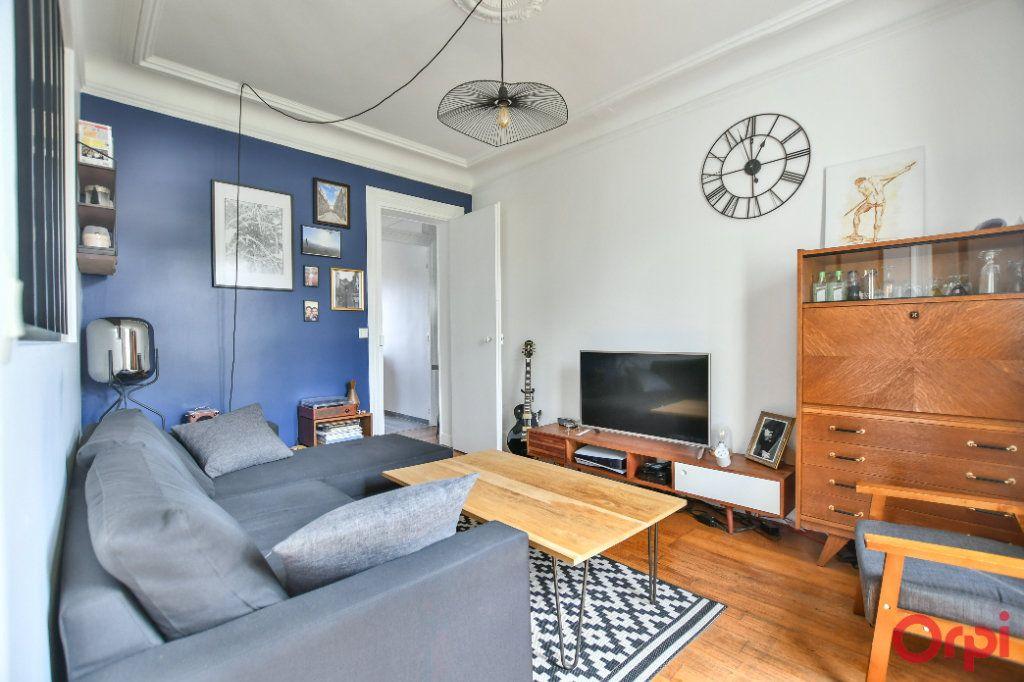 Appartement à vendre 3 46.1m2 à Paris 12 vignette-2