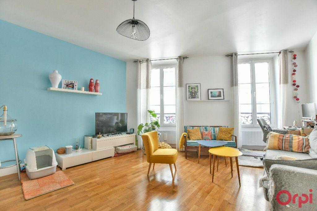 Appartement à vendre 2 47m2 à Paris 20 vignette-1