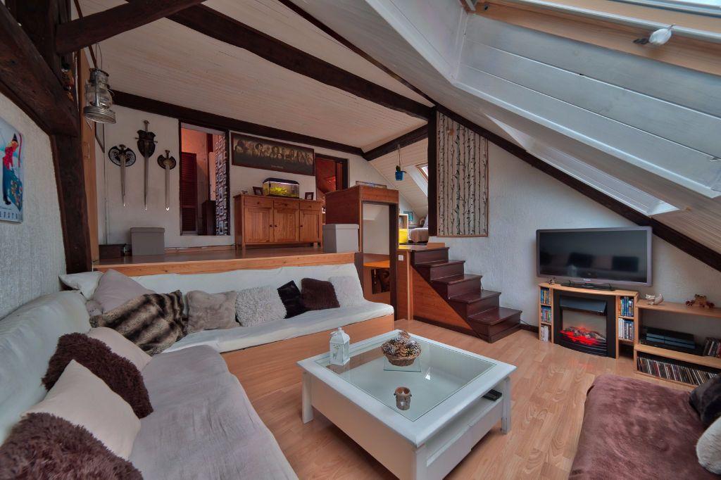 Appartement à vendre 5 96.44m2 à Rumilly vignette-1