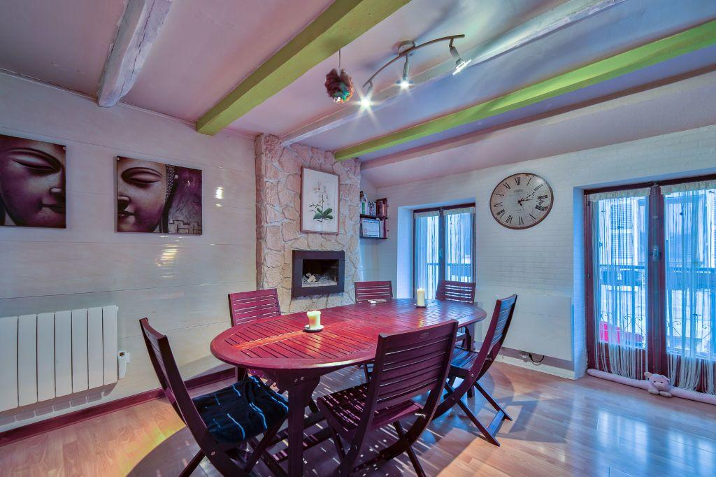 Appartement à vendre 5 96.44m2 à Rumilly vignette-2