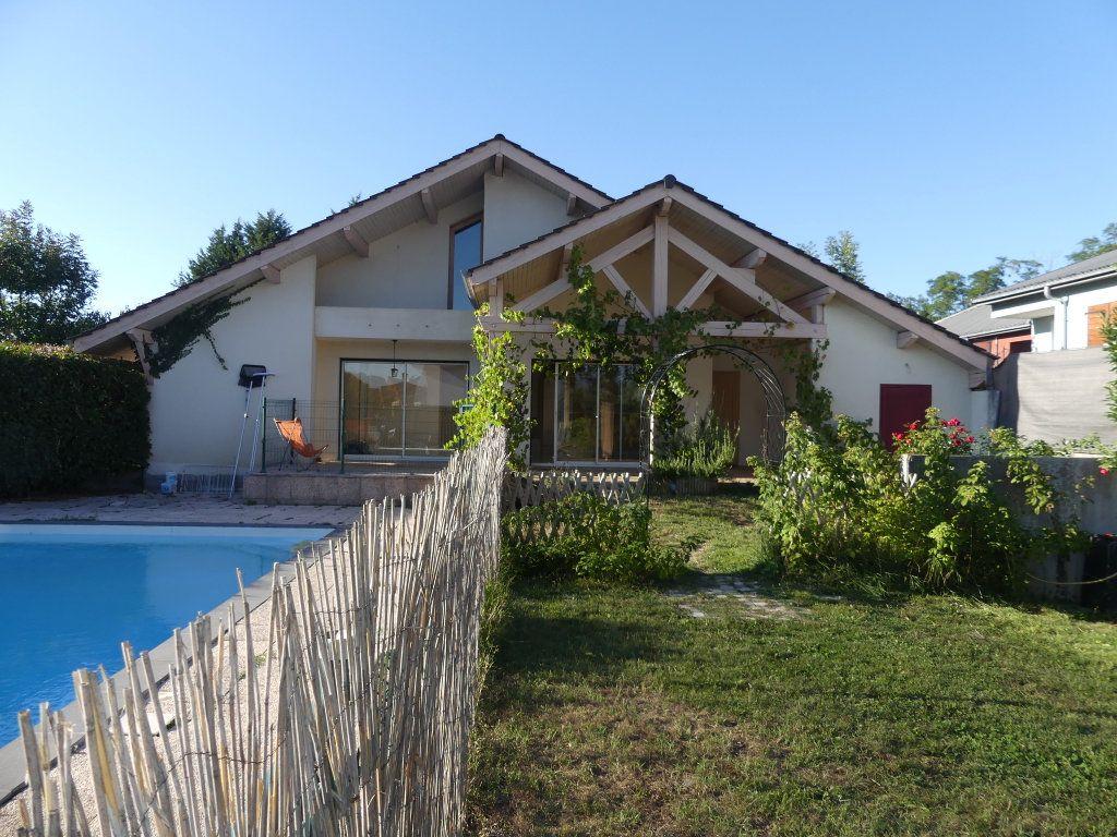 Maison à vendre 8 200m2 à Rumilly vignette-5