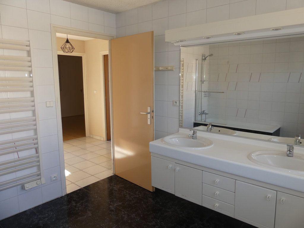 Maison à vendre 8 200m2 à Rumilly vignette-6