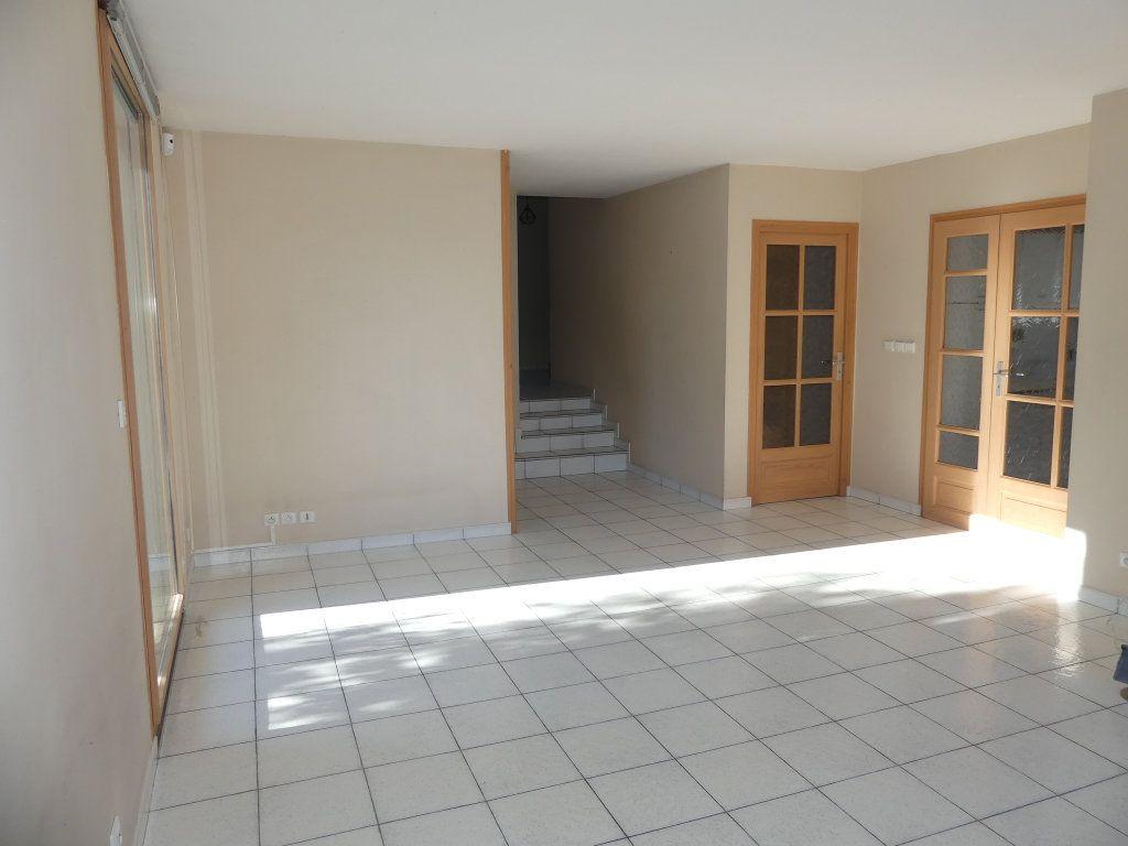 Maison à vendre 8 200m2 à Rumilly vignette-8