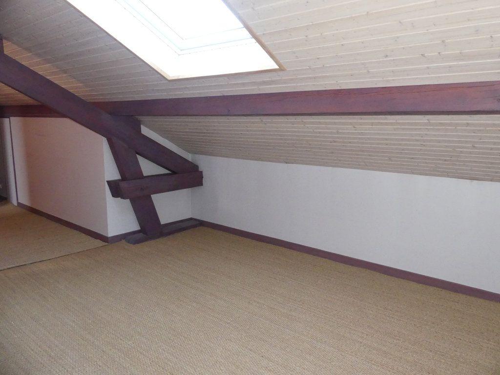 Maison à vendre 8 200m2 à Rumilly vignette-11