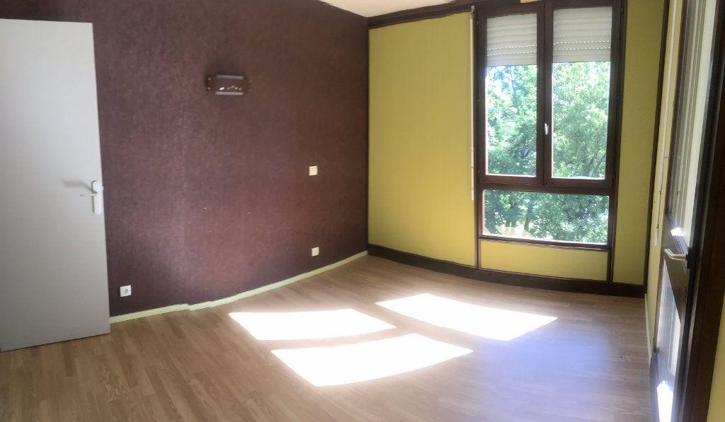 Appartement à vendre 4 83.42m2 à Rumilly vignette-4