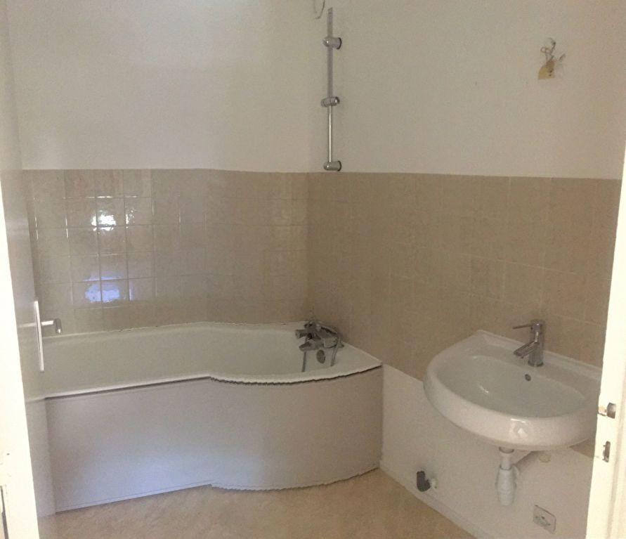 Appartement à vendre 4 83.42m2 à Rumilly vignette-5