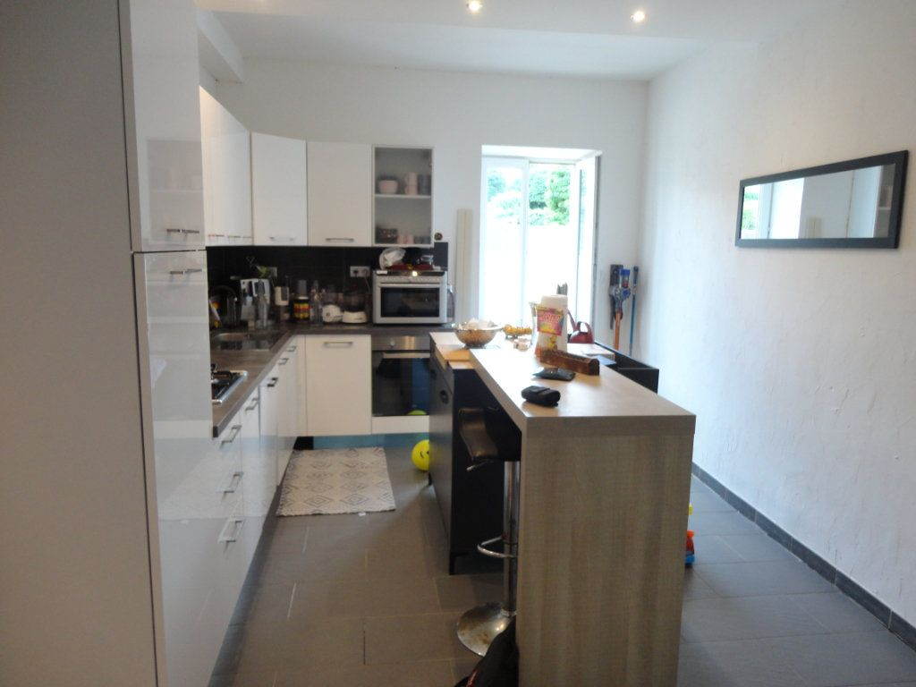 Appartement à vendre 4 98m2 à Rumilly vignette-3