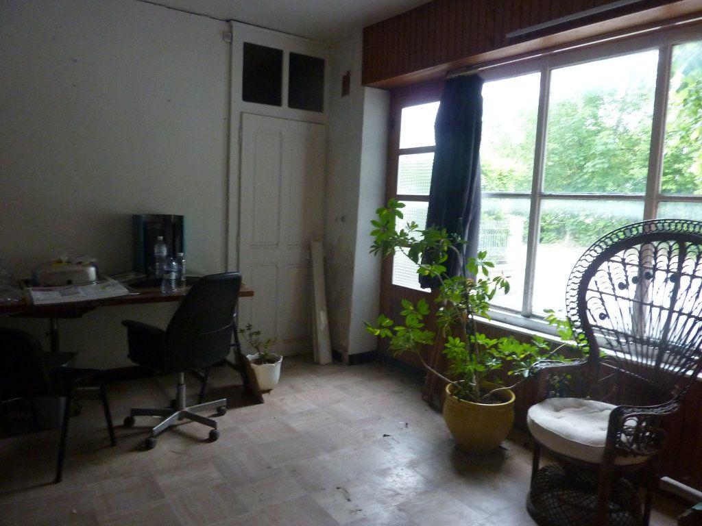 Maison à vendre 6 125m2 à Menthonnex-sous-Clermont vignette-2