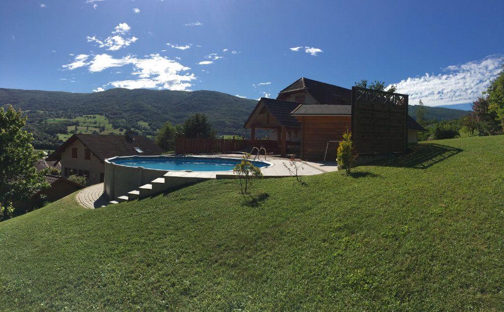 Maison à vendre 5 260m2 à Val-de-Fier vignette-4