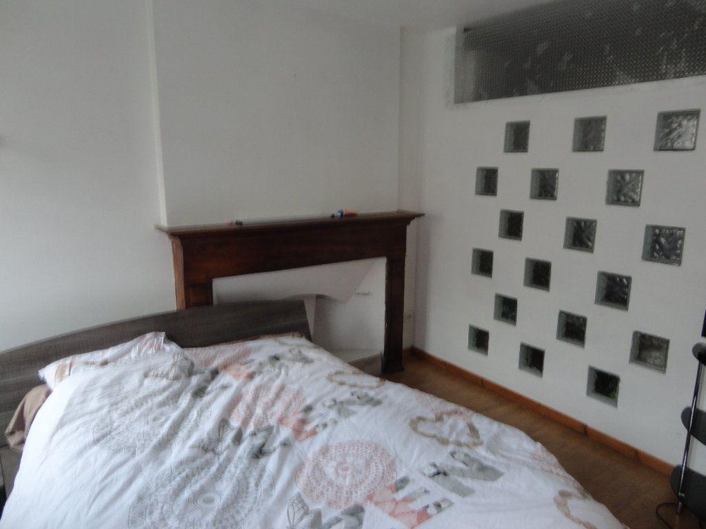 Appartement à vendre 5 93.1m2 à Rumilly vignette-3
