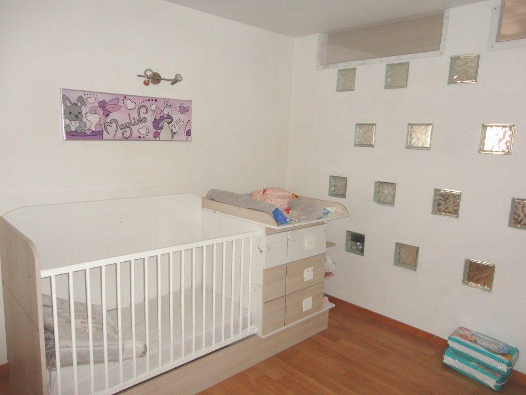 Appartement à vendre 5 93.1m2 à Rumilly vignette-6